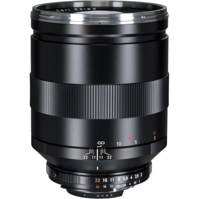 Carl Zeiss Classic Apo-Sonnar T* 135mm F/2 ZE / ZF.2