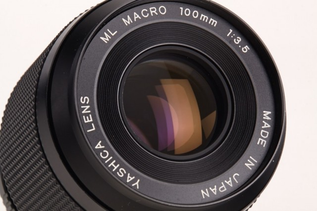 Yashica ML 100mm F/3.5 Macro