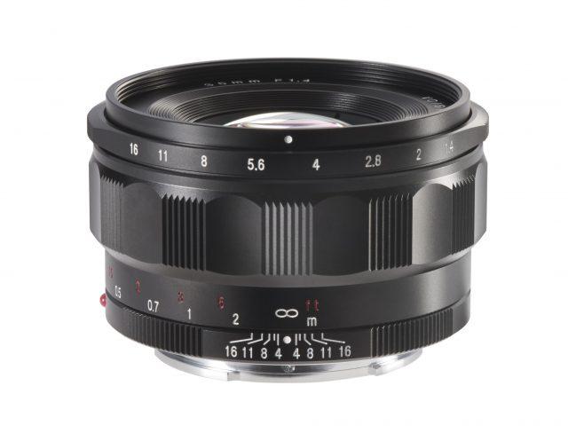 Cosina Voigtlander Nokton 35mm F/1.4 E